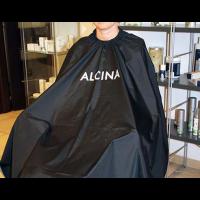 """Пеньюары, фартуки, пелерины, воротники для стрижки Пеньюар для стрижки """"ALCINA PROF"""" черный, пластмассовые крючки"""